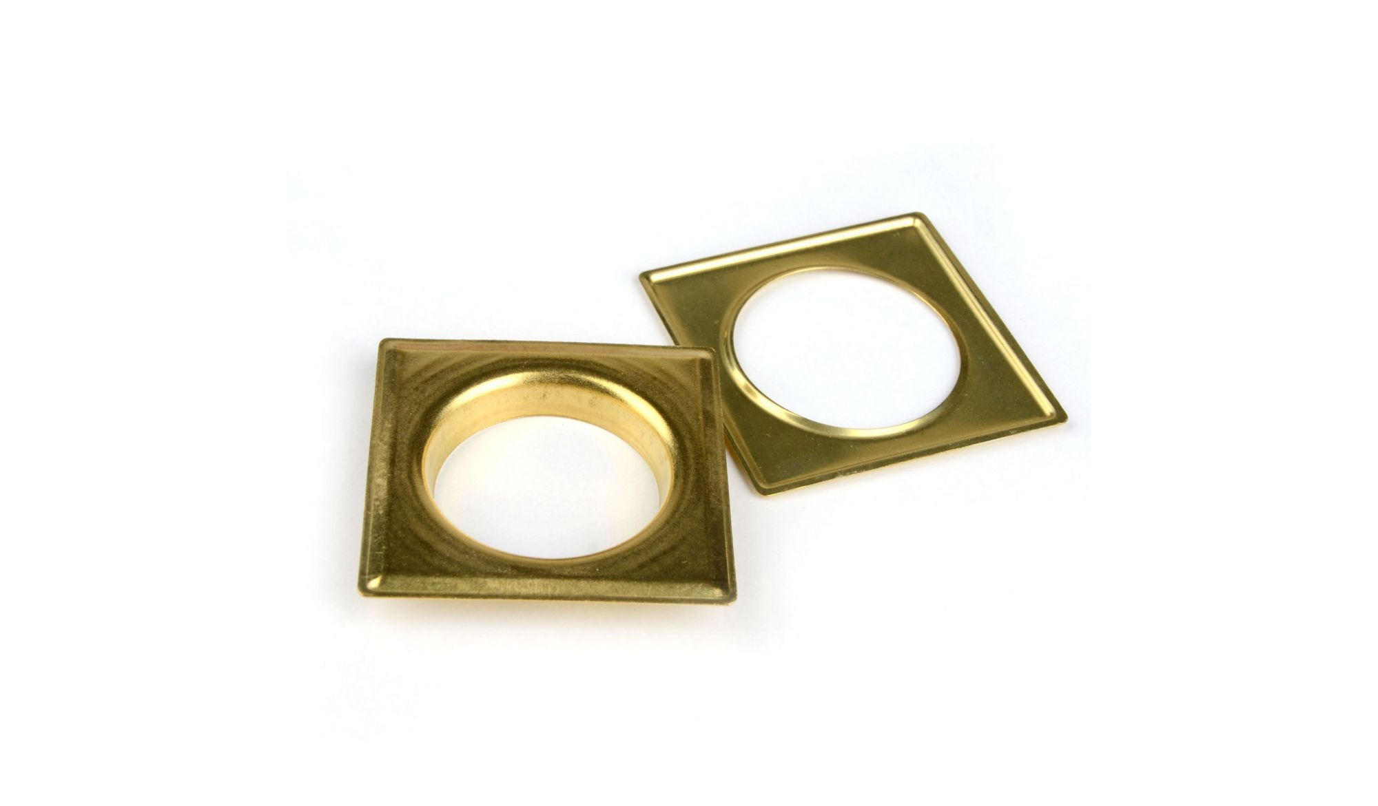 DECORING SQUARE 40 MM Brass - eyelets alt_dekoringi_kolor_brass - Colour