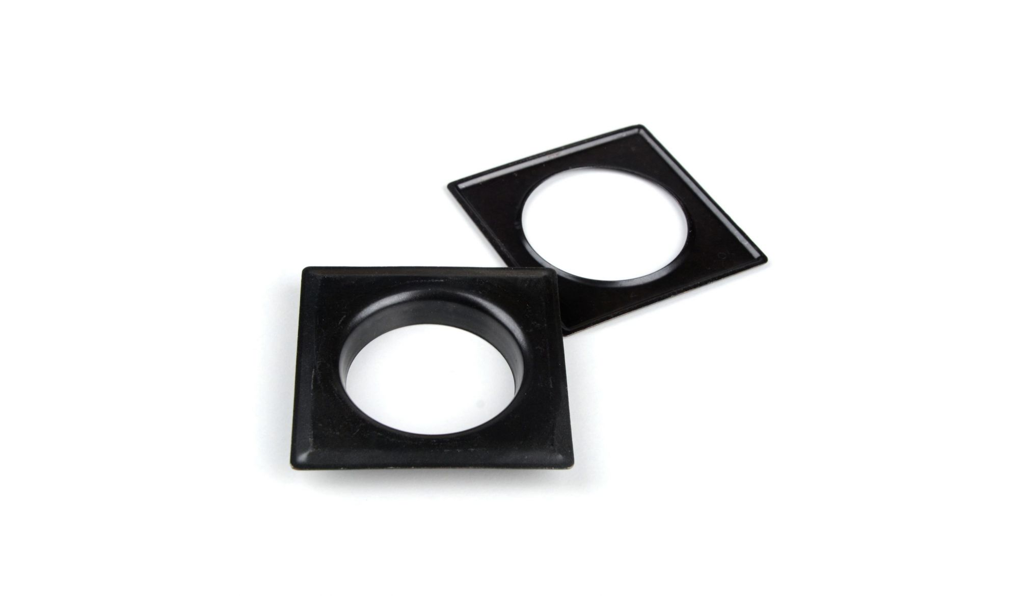 DECORING SQUARE 40 MM Black - eyelets alt_dekoringi_kolor_black - Colour